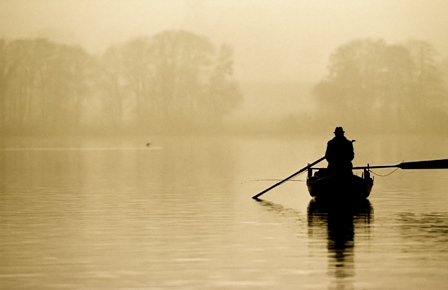 boat person rowing outlines silhouette fog lake 60643 1920x1080